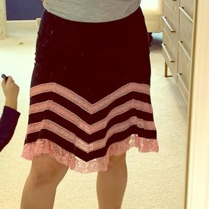 Betsy Johnson black and pink lace adorable skirt!